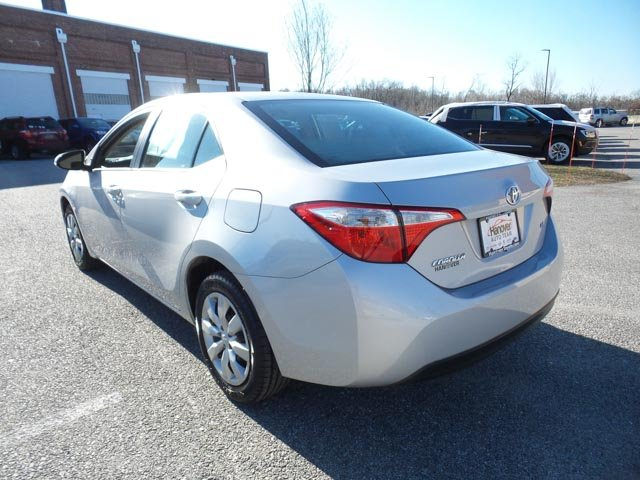 Pre-Owned 2015 Toyota Corolla LE